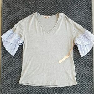 Gibson and Latimer Ruffle Sleeve Blouse in Gray